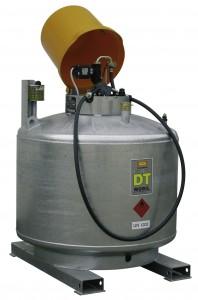 Brandstoftank van 980 liter inhoud verzinkt met pomp van merk Cemo