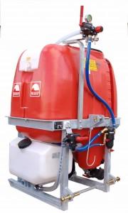 Spuiten met  driepuntsaanspanning G 300 PE/G 400 PE / G500 PE G 600 iepuntspuiten met 300,400,500 en 600  liter inhoud