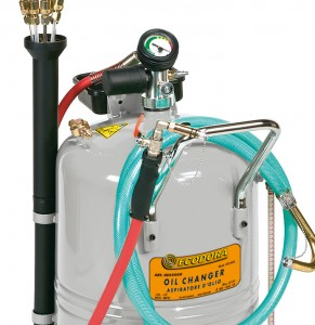 Olieafzuiging  als mobiel  pneumatisch olie-afzuigapparaat
