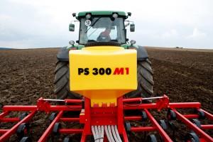 PS 120/200 /300 M1 elektro-pneumatische zaaimachine, 12 volt met resp. 120/200/ 300 liter inhoud( prijslijst blz 36/37)